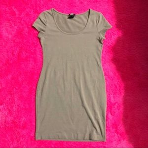 H&M Basic Shirt Dress in Taupe   S